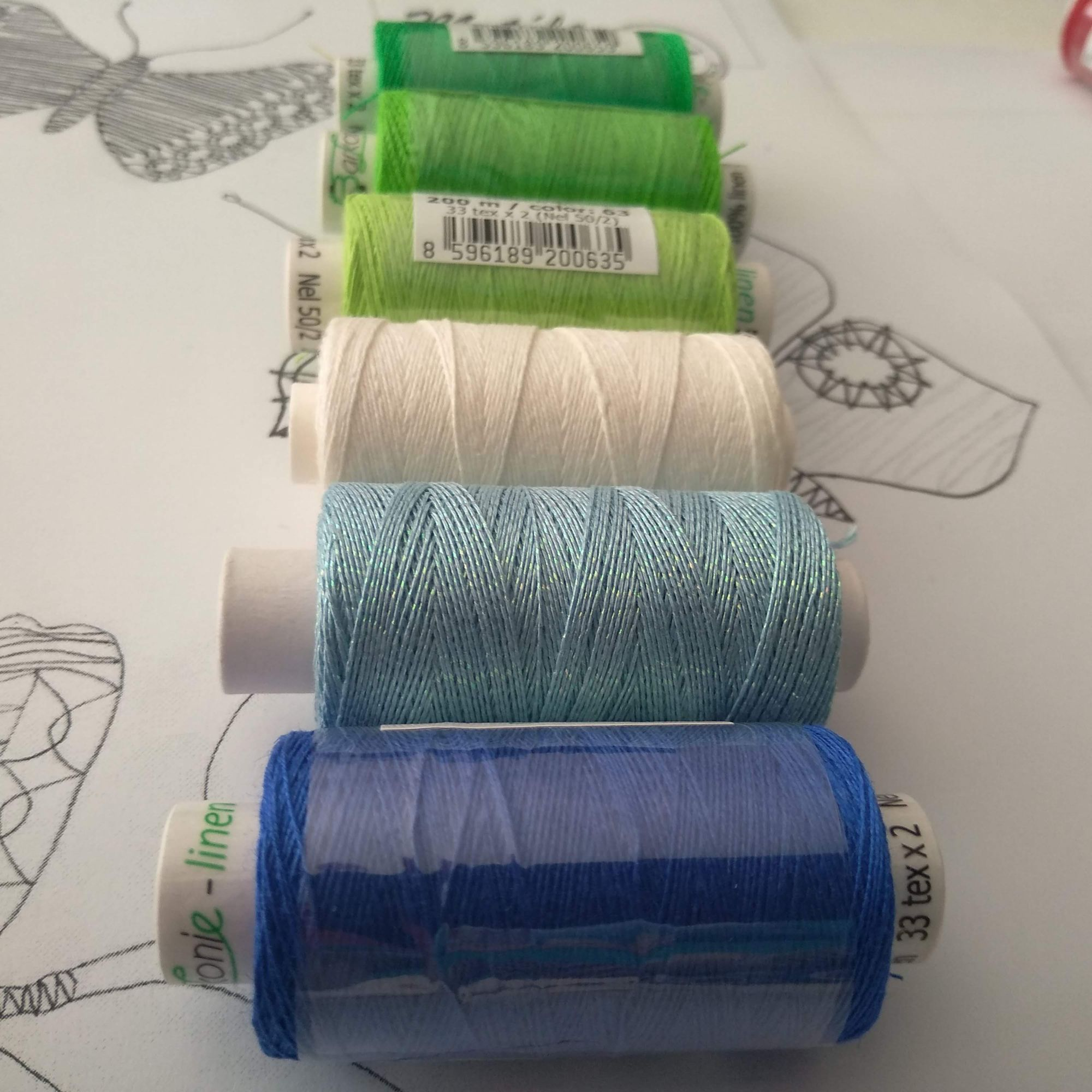 Modrá - biela - zelená